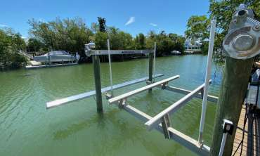New Home Buyers: Boat Lift Inspections